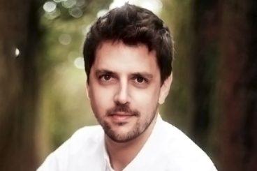 Raúl Mirás (violoncello)